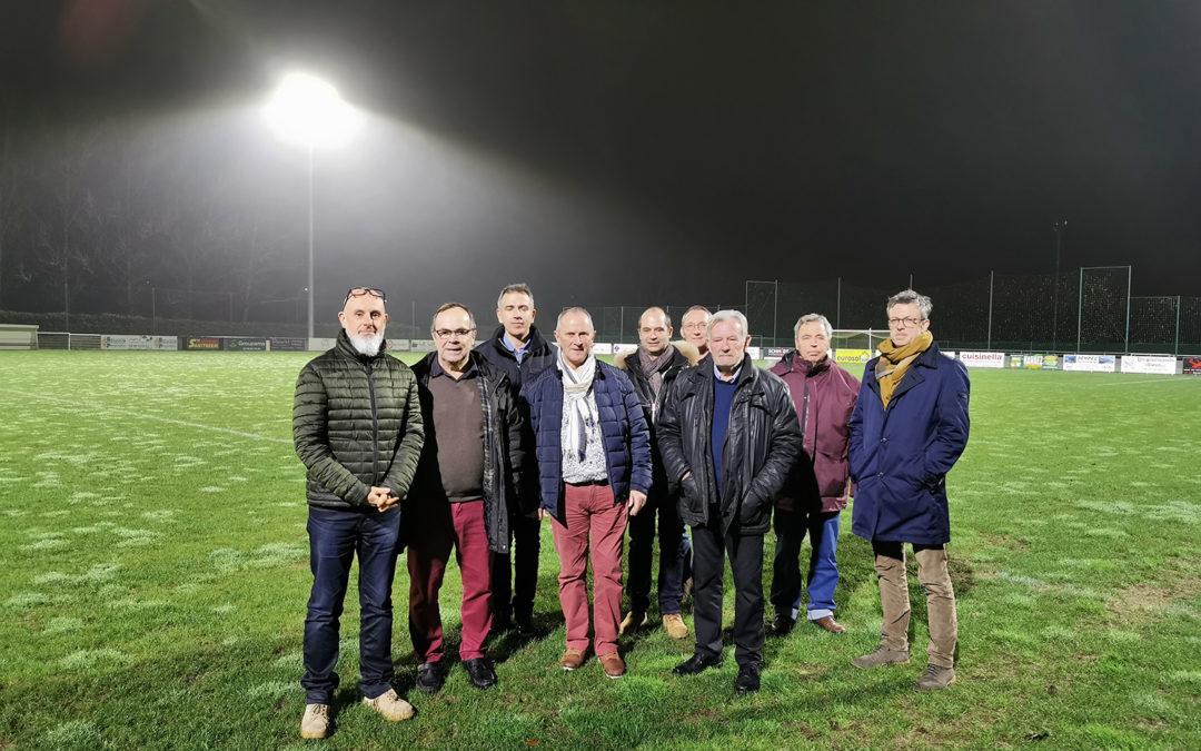 La ville de Lannion à Ergué-Gaberic pour l'éclairage LED de son stade